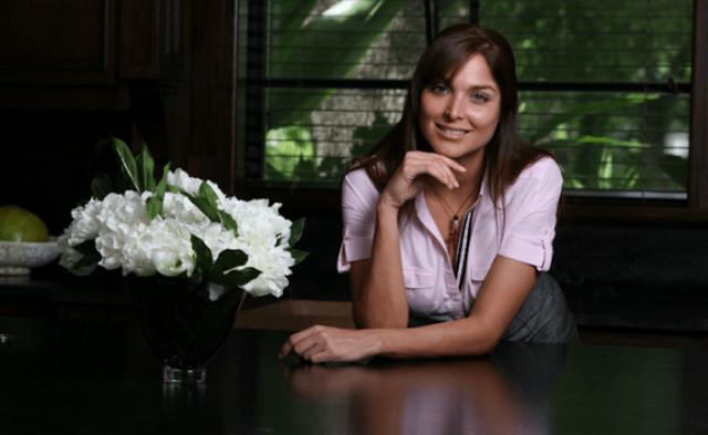 """Eva Luna : Primée """"meilleure télénovela de l'année"""" en 2011 sur Antenne Réunion"""