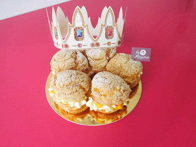Couronne des Reines : à la crème légère vanille  et fruits frais des Pâtissières