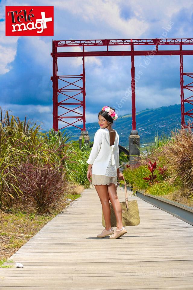 Voyageons avec Miss Azian !