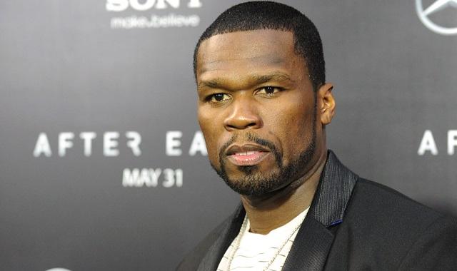 50 Cent : il frappe une femme en plein concert !