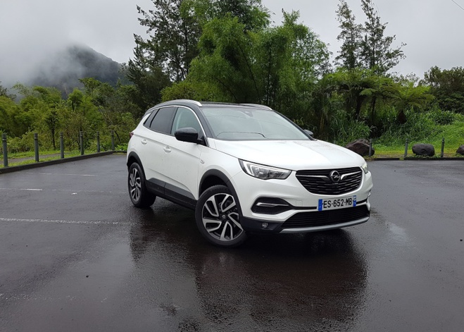 OPEL GRANDLAND X 1.2 Ecotec Turbo: Une allemande made in France