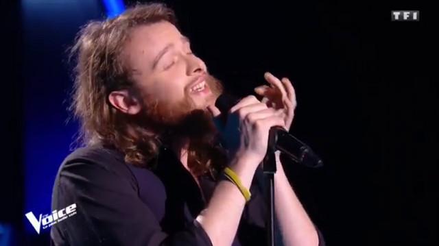 The Voice 7 : Guillaume séduit le jury avec une prestation envoûtante