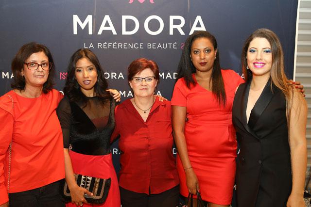 Madora : Black Up