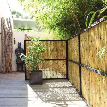 Vis-à-vis au balcon : 4 façons de s'en protéger
