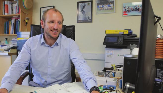Julien Hermann, directeur général de Symbiose Médical « C'est une fierté d'avoir créé les couches Marmailles Plus avec mon père ! »
