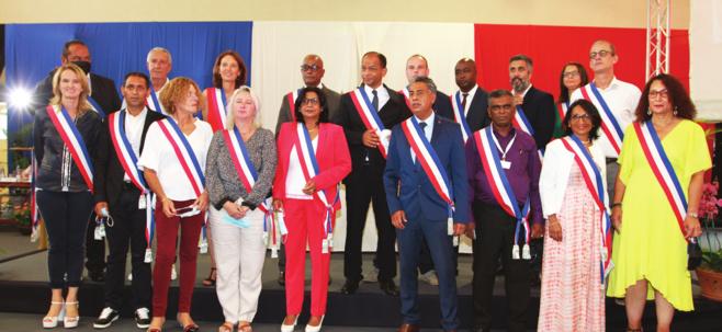 Le Maire de Saint-Paul, Emmanuel Séraphin entouré de ses adjoints