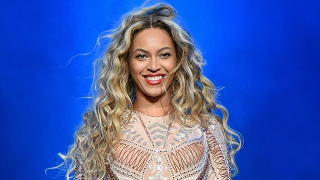 Beyoncé lance une bourse d'étude pour les femmes