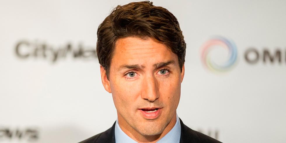 On craque littéralement: Justin Trudeau a amené son fils au travail