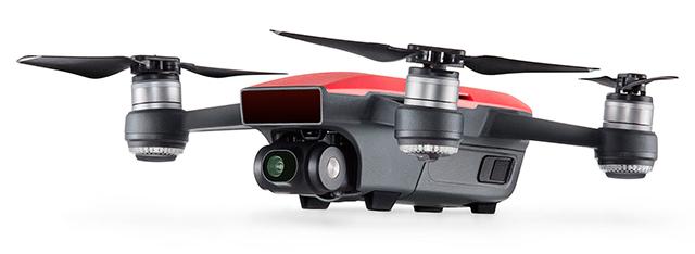 Spark, un drone au doigt et à l'œil