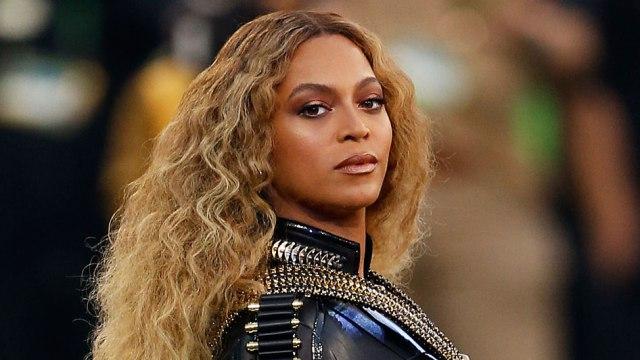Beyoncé a donné naissance à ses jumeaux
