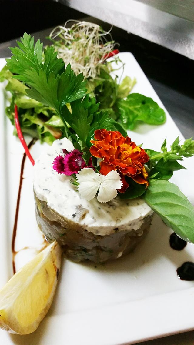 Tartare duo de thon et marlin fumé et crème légère au wasabi