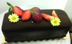 Cake pistache, gelée de goyavier et sa ganache chocolat