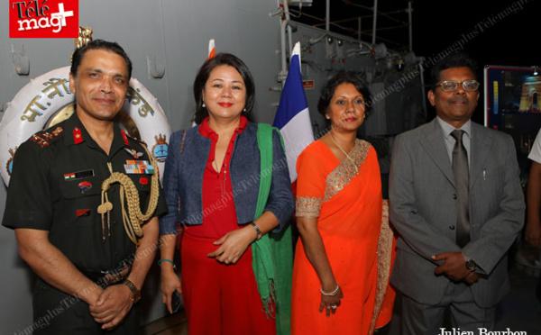 Consulat général de l'inde : INS Mumbai et INS Trikand